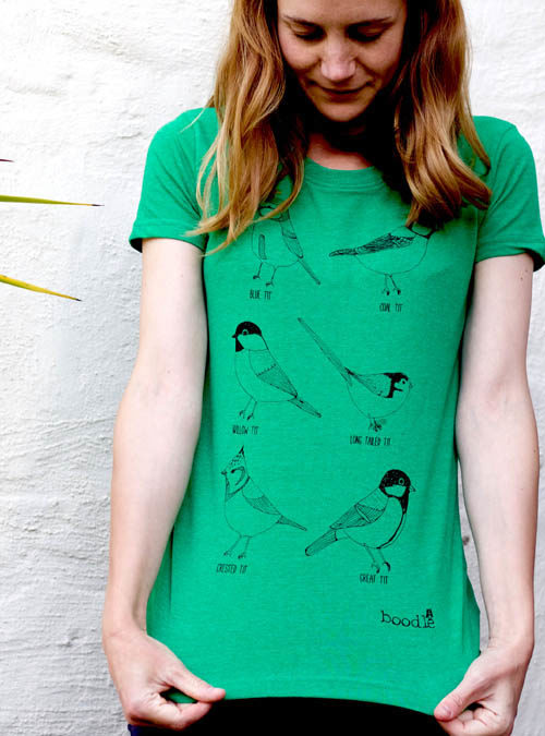 Garden birds green recycled cotton T-shirt