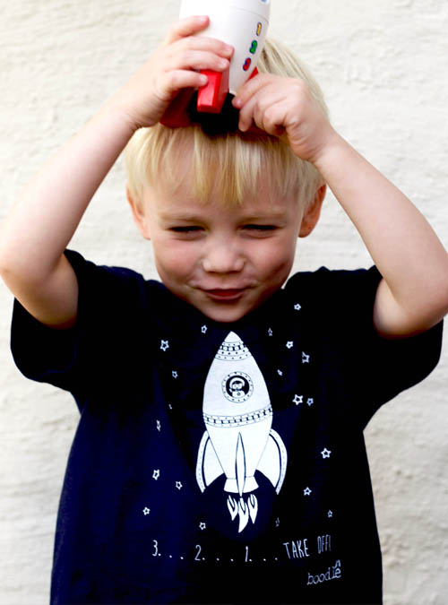 Space kits T-shirt with rocket