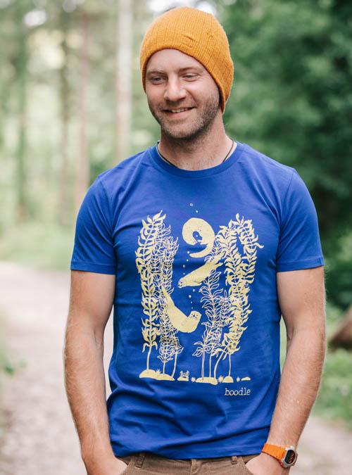 Otter Mens organic T-shirt